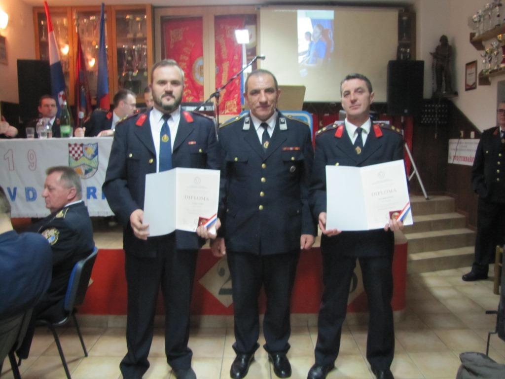 Spomenice za 30 g Dalibor Gundić i Marko Šamu 04