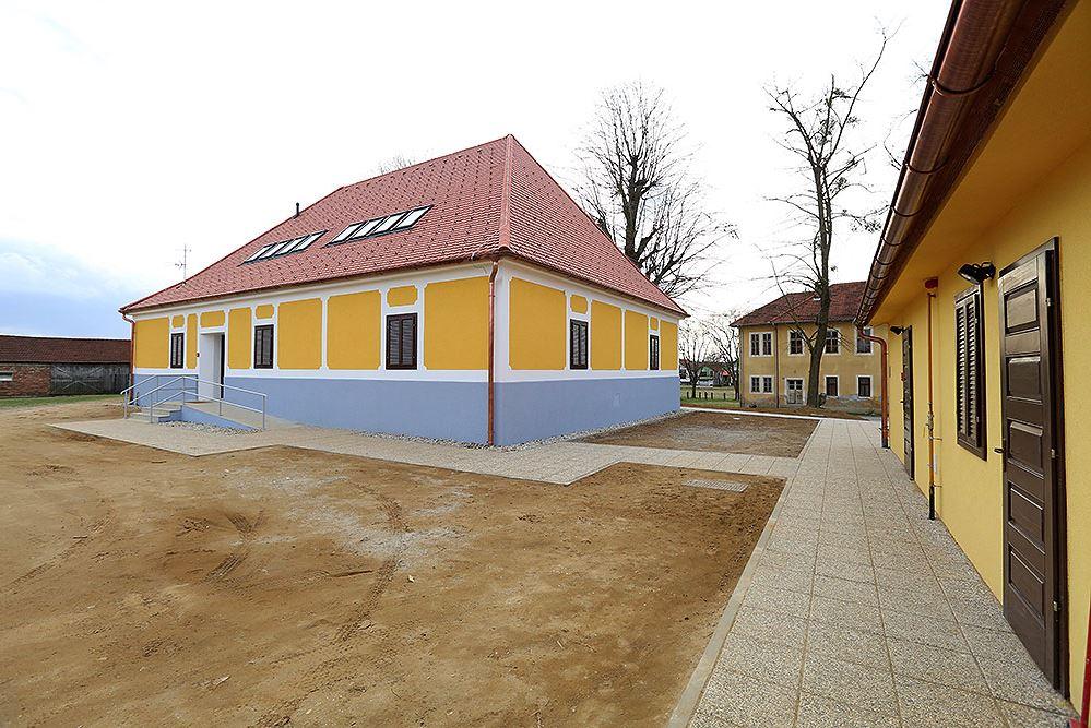 Rodna kuća Petra Preradovića 6