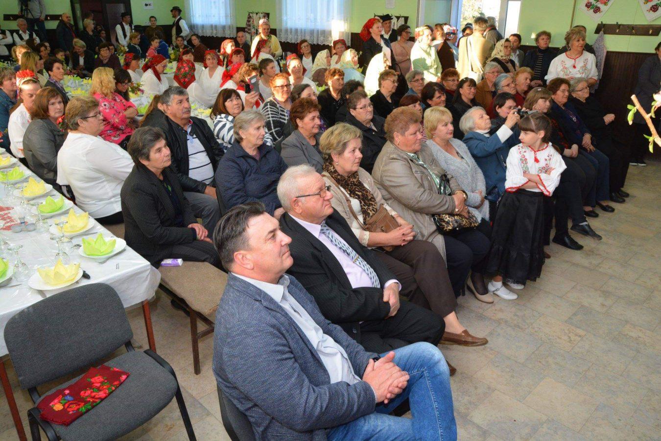 Folklorni susreti u Otrovancu (25)