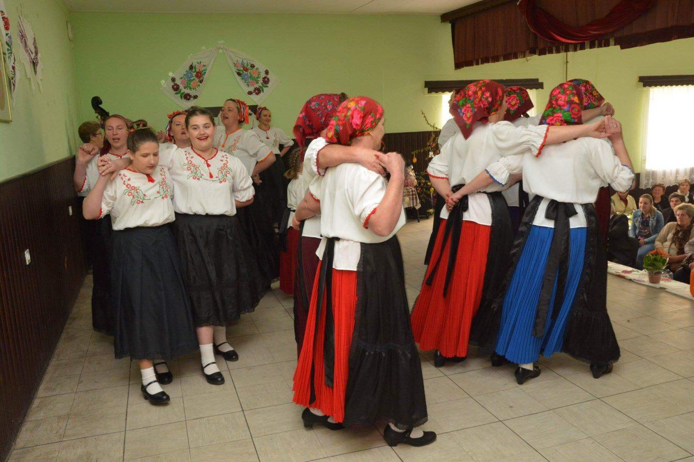 Folklorni susreti u Otrovancu (5)