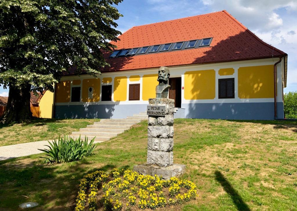 Preradović kuća (1)