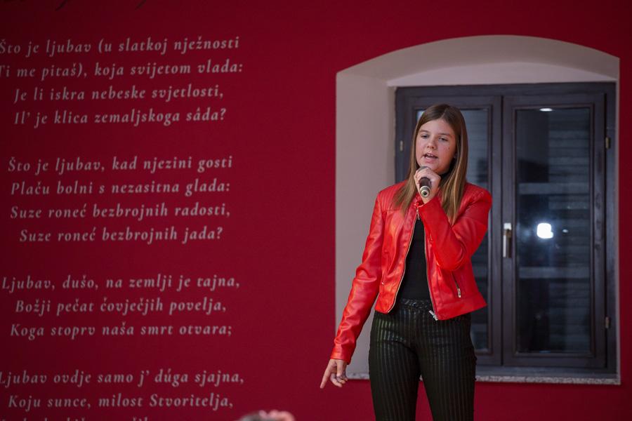 dječje karaoke preradović (2)