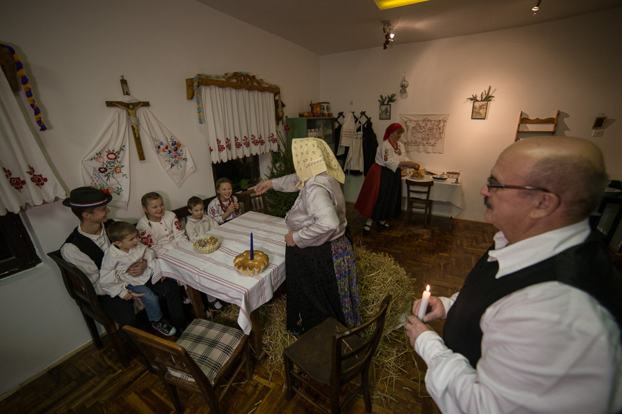 Starinski Badnjak St. Marof (44)