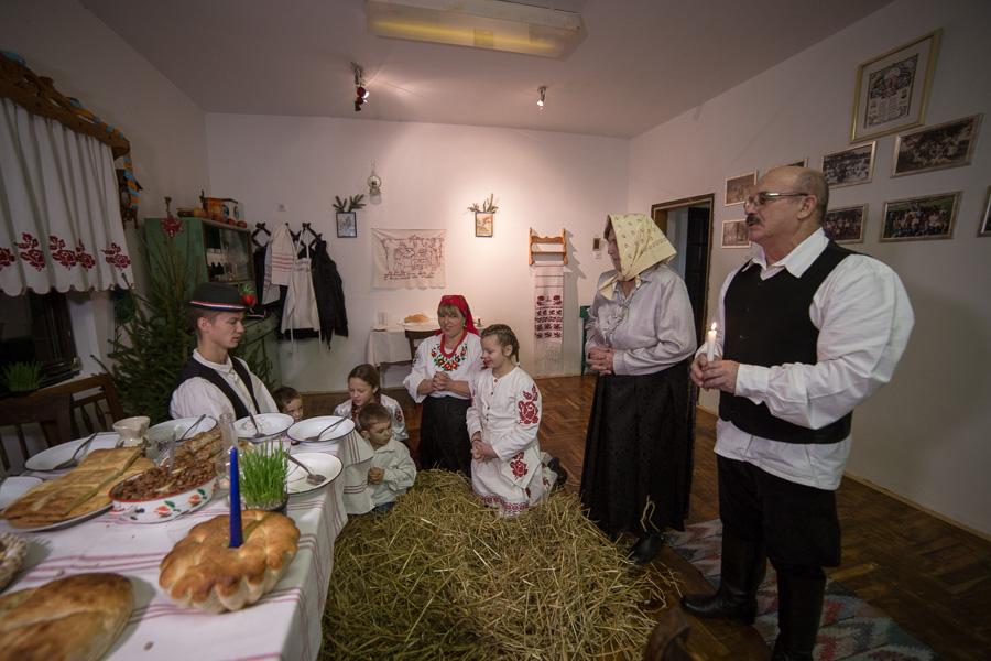 Starinski Badnjak St. Marof (46)