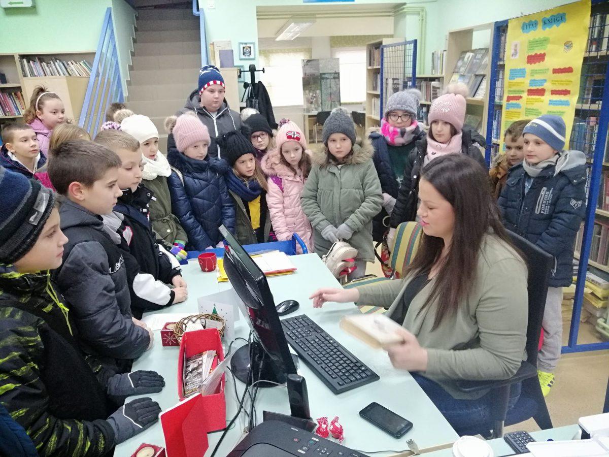 učenici područnih škola u posjetu knjižnici (1)