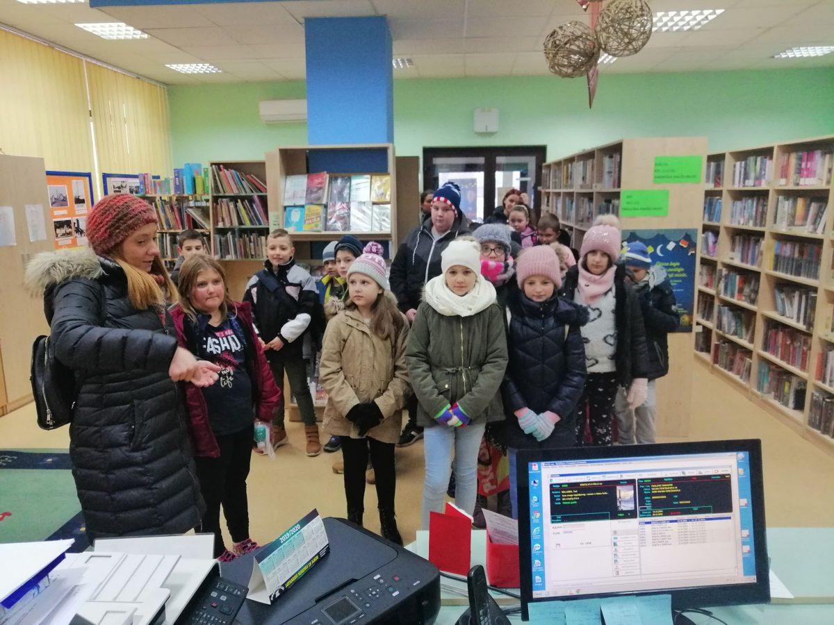 učenici područnih škola u posjetu knjižnici (5)